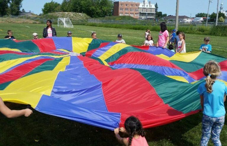 parachute-e1523975414585-880x566